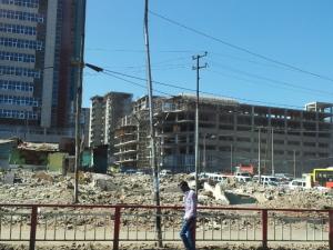 Ehitusbuum Adissis